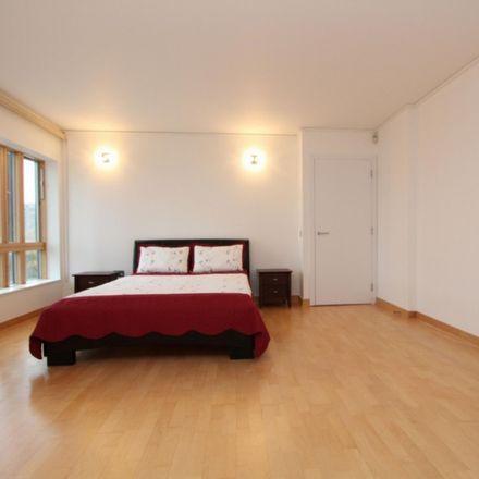 Rent this 4 bed room on Mudlarks Boulevard in London SE10 0UF, United Kingdom