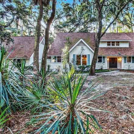 Rent this 4 bed house on McKee Ln in Savannah, GA