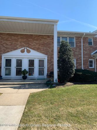 Rent this 1 bed condo on 96 East Avenue in Atlantic Highlands, NJ 07716
