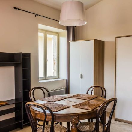 Rent this 1 bed apartment on Rue du Trêve in 69009, Lyon