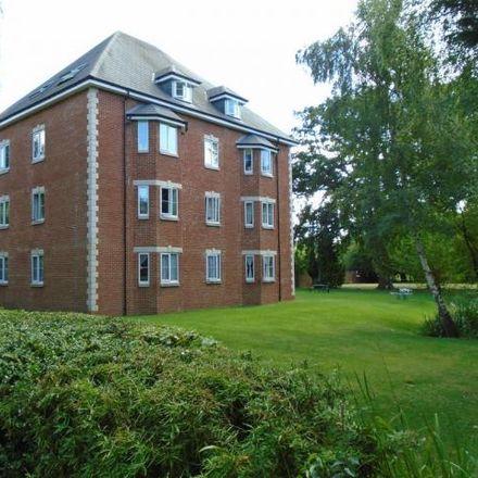 Rent this 2 bed apartment on Green Lane in Tandridge RH6 9TJ, United Kingdom