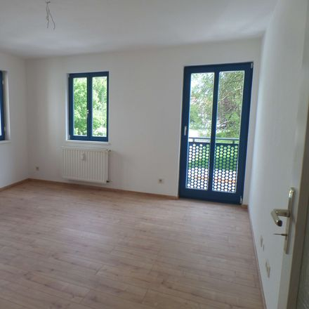 Rent this 3 bed apartment on Naumburg (Saale) in Naumburger Gartenstadt, SAXONY-ANHALT