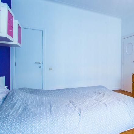 Rent this 6 bed apartment on Mundo-J in Rue de l'Industrie - Nijverheidsstraat 10, 1000 Ville de Bruxelles - Stad Brussel