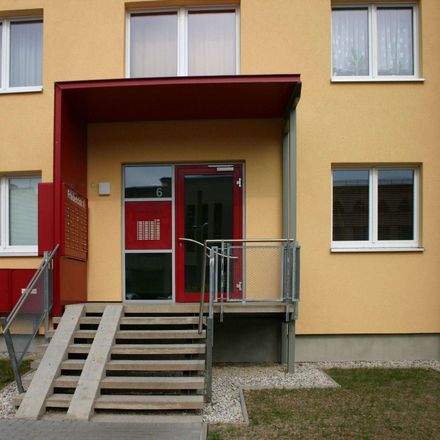 Rent this 2 bed apartment on Friedericistraße 6 in 07545 Gera, Germany