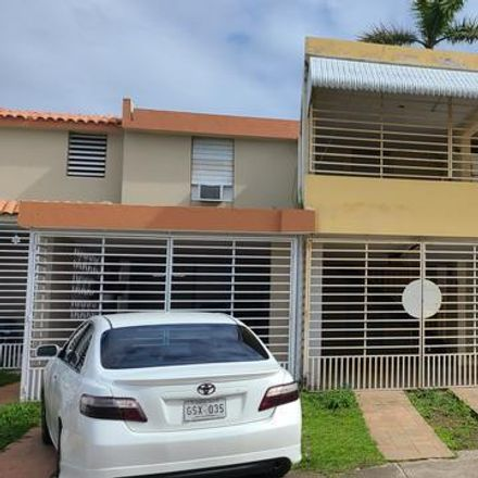 Rent this 3 bed apartment on Cll 2-B in Carolina, PR