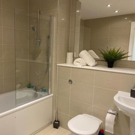 Rent this 3 bed apartment on South Hill Road in Bracknell Leisure Centre, Easthampstead RG12 7NP
