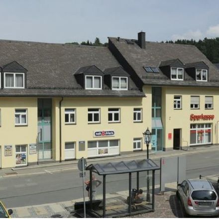 Rent this 2 bed apartment on Karlsbader Straße 25 in 09456 Annaberg-Buchholz, Germany