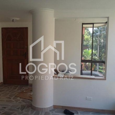 Rent this 3 bed apartment on Calle 37 in Comuna 11 - Laureles-Estadio, Medellín