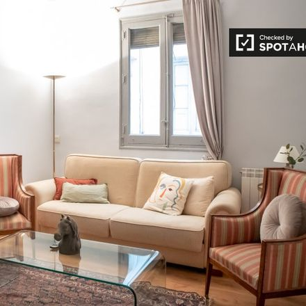 Rent this 2 bed apartment on casa de richi in Calle del General Oráa, 28001 Madrid