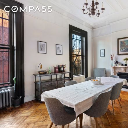 Rent this 3 bed apartment on 150 6th Avenue in New York, NY 11217