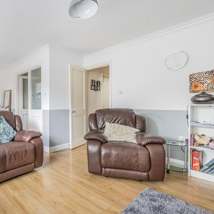 Rent this 3 bed house on Longleat Close in Cherwell OX16 9TG, United Kingdom