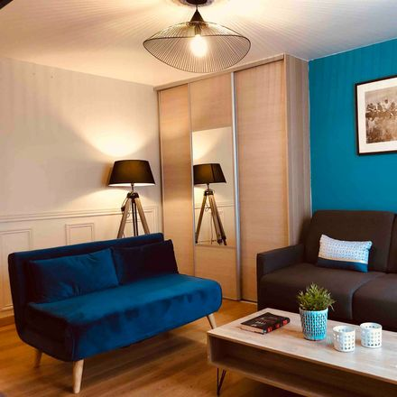 Rent this 1 bed apartment on 9 Rue Fromentin in 75009 Paris, France