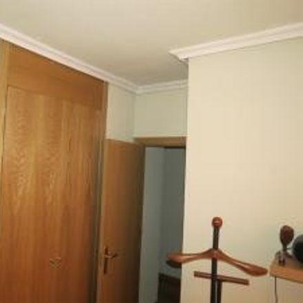 Rent this 3 bed room on Avenida del Monasterio de El Escorial in 28001 Madrid, Spain
