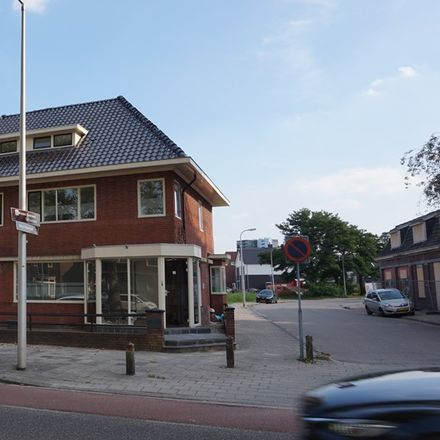 Rent this 0 bed apartment on Boddenkampstraat in 7522 BJ Enschede, The Netherlands
