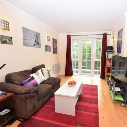 Rent this 3 bed apartment on Riverside House in Fobney Street, Reading RG1 6BH
