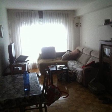 Rent this 1 bed room on Rias Baixas 2 in Rúa República Argentina, 21