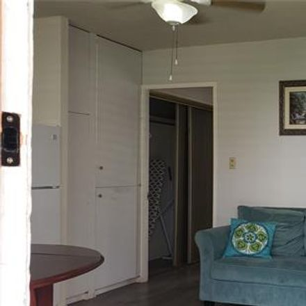 Rent this 1 bed condo on Hawaiian Crown in 236 Liliʻuokalani Avenue, Honolulu