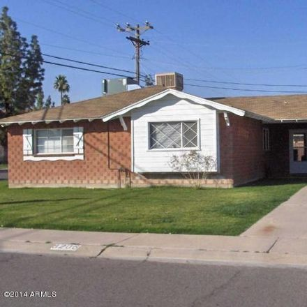 Rent this 3 bed house on 8206 East Roma Avenue in Scottsdale, AZ 85251