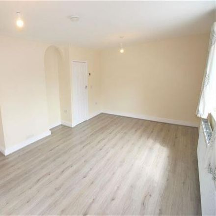 Rent this 3 bed house on Smelter Wood Rise in Sheffield S13 8RP, United Kingdom
