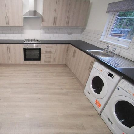 Rent this 6 bed room on Stratford Street in Coventry CV2 4NJ, United Kingdom
