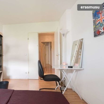 Rent this 3 bed room on Rue Jesse Owens in 93200 Saint-Denis, France