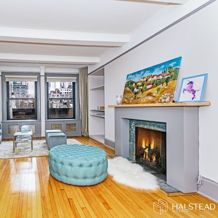 Rent this 1 bed condo on 212 East 48th Street in New York, NY 10017