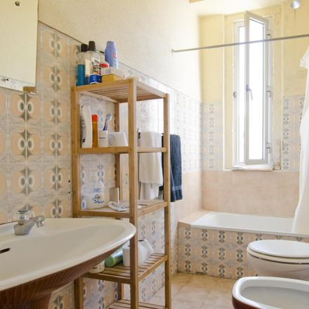 Rent this 3 bed room on Rua Bernadim Ribeiro in Lisbon, Portugal