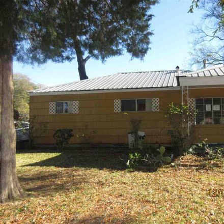 Rent this 3 bed house on 17th Pl SW in Birmingham, AL