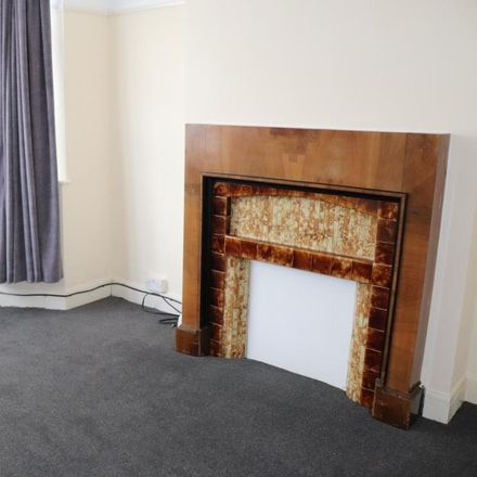 Rent this 4 bed house on Dimsdale Drive in London NW9 8HS, United Kingdom