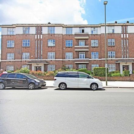 Rent this 2 bed apartment on Highfield Gardens in London NW11 9PR, United Kingdom