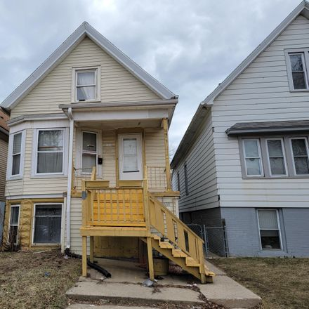 Rent this 6 bed apartment on 1636 South 21st Street in Milwaukee, WI 53204