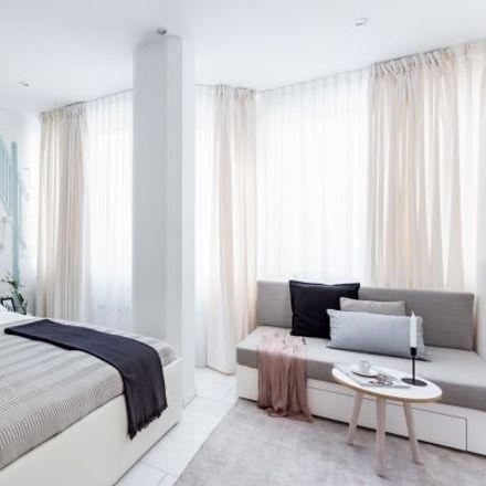 Rent this 1 bed apartment on Gutleutstraße 45 in 60329 Frankfurt, Germany