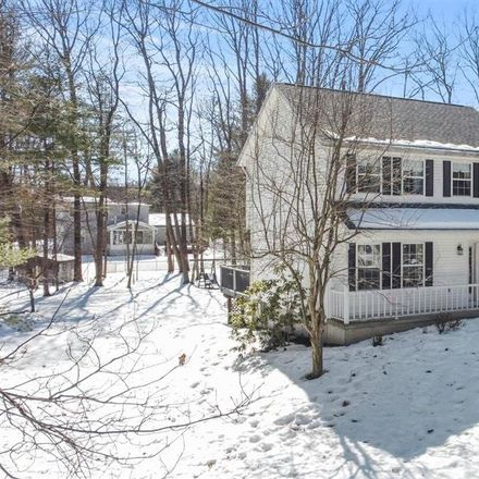 Rent this 3 bed house on 13 Milton Heights Boulevard in Ballston Spa, NY 12020