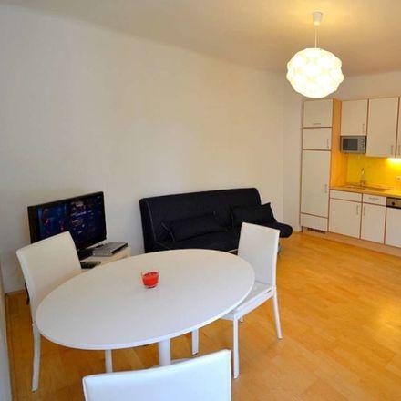 Rent this 1 bed apartment on Käthe Leichter-Hof in Auhofstraße 152-156, 1130 Vienna