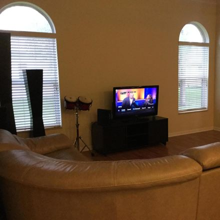 Rent this 3 bed house on Fernwood Cres in West Palm Beach, FL