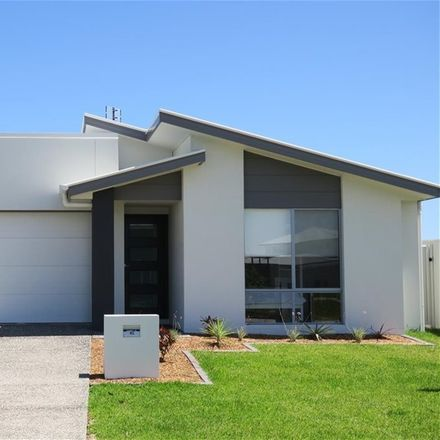 Rent this 3 bed house on Flagstone