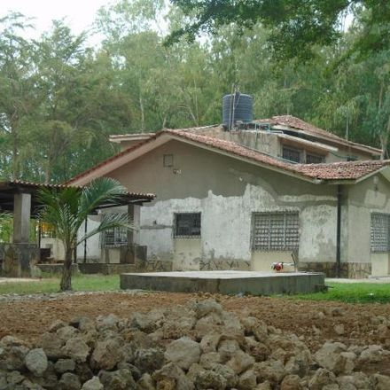 Rent this 4 bed house on Kilifi