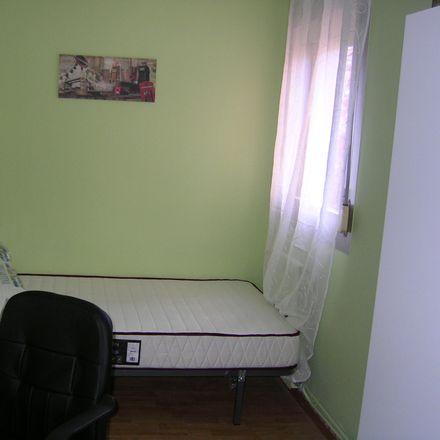 Rent this 3 bed apartment on Calle San José de Calasanz in 32, 26004 Logroño