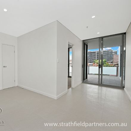 Rent this 1 bed apartment on 209/29 Morwick Street