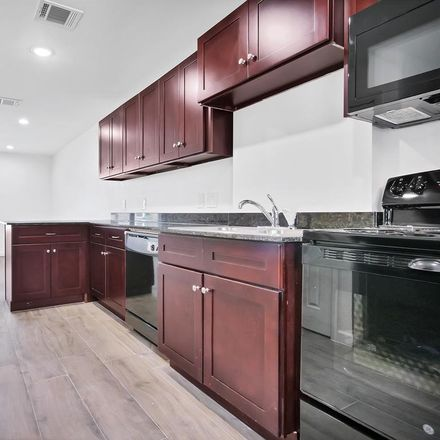 Rent this 4 bed condo on Arlington Court in Pasadena, TX 77502