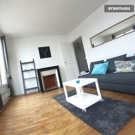 Rent this 1 bed apartment on 33 Avenue Le Mignon in 92270 Bois-Colombes, France
