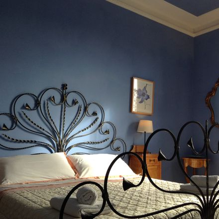 Rent this 3 bed room on Via Pomezia in 11, 00183 Roma RM