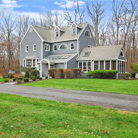 Rent this 4 bed house on 11 Tunxis Trail in Redding, CT 06896