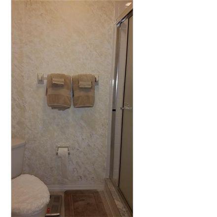 Rent this 3 bed condo on Oak St in Bradenton, FL