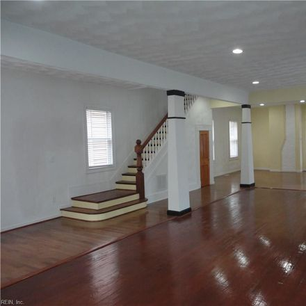 Rent this 3 bed house on 121 Riverview Avenue in Portsmouth, VA 23704