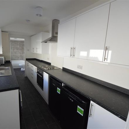 Rent this 2 bed room on Palm Street in Middlesbrough TS1 3EE, United Kingdom