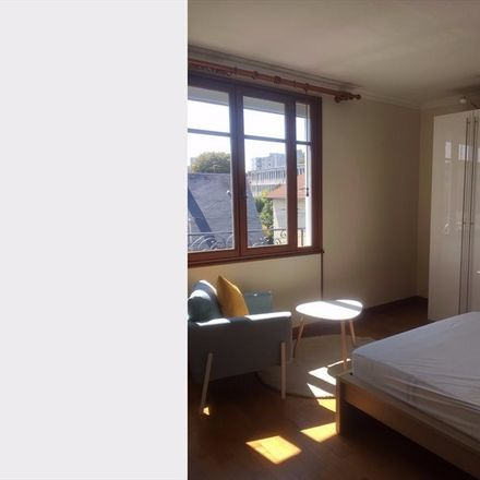 Rent this 5 bed room on 92 Rue des Blains in 92220 Bagneux, France