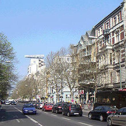 Rent this 3 bed apartment on Kind Hörgeräte in Kurfürstenstraße, 10785 Berlin