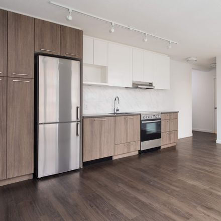 Rent this 2 bed apartment on Chinatown Plaza in Keefer Street, Vancouver