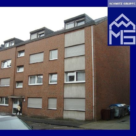 Rent this 3 bed apartment on Dülkener Straße 66c in 41747 Viersen, Germany